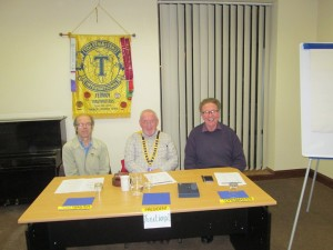 Club President John Sherlock (centre) with Toastmaster of the evening Michael Sheehan (left) and Topicsmaster David Walsh at the meeting of the February 23rd 2016.