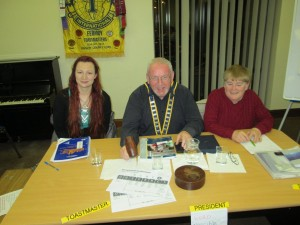 Club President John Sherlock heads up the meeting on March 8th 2016 with Toasmaster of the evening Helsa Giles (left) and Topicsmaster Johanna Hegarty (right).