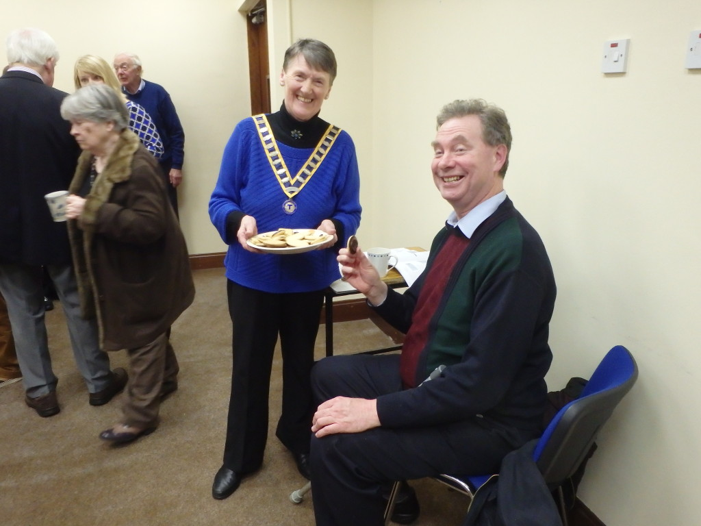 Club President Eilish Ui Bhriain shares a convivial moment with Greeter Kevin Walsh at the March 28th 2017 meeting.